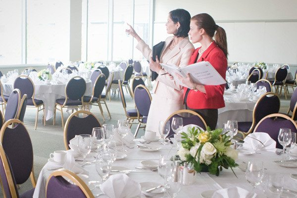10 Event Coordinator Tips They Never Taught You In School | Rossi Live Music Blog